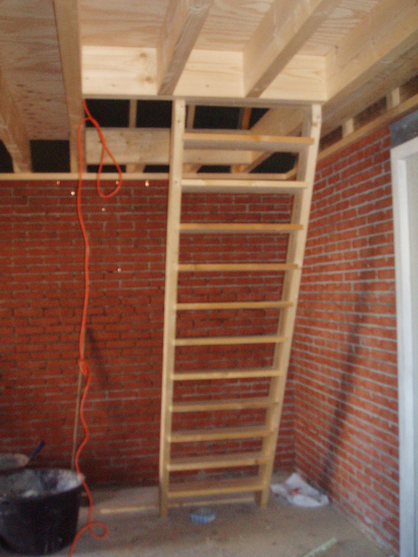 Nieuwbouw schuur bouwbedrijf a scholten for Plaatsen trap